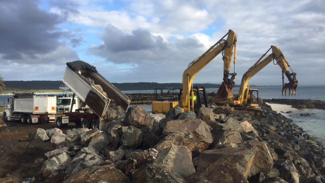 Breakwall-Construction-In-Creswell