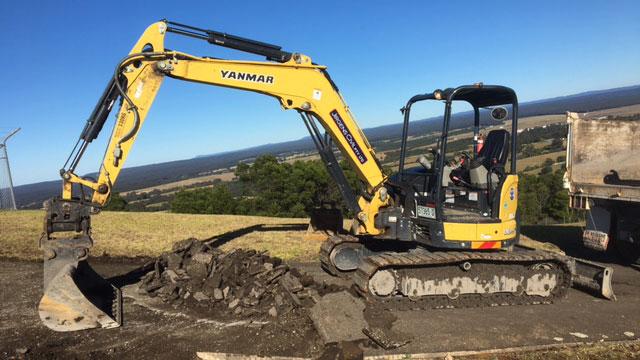 Excavator-5.5-tonne